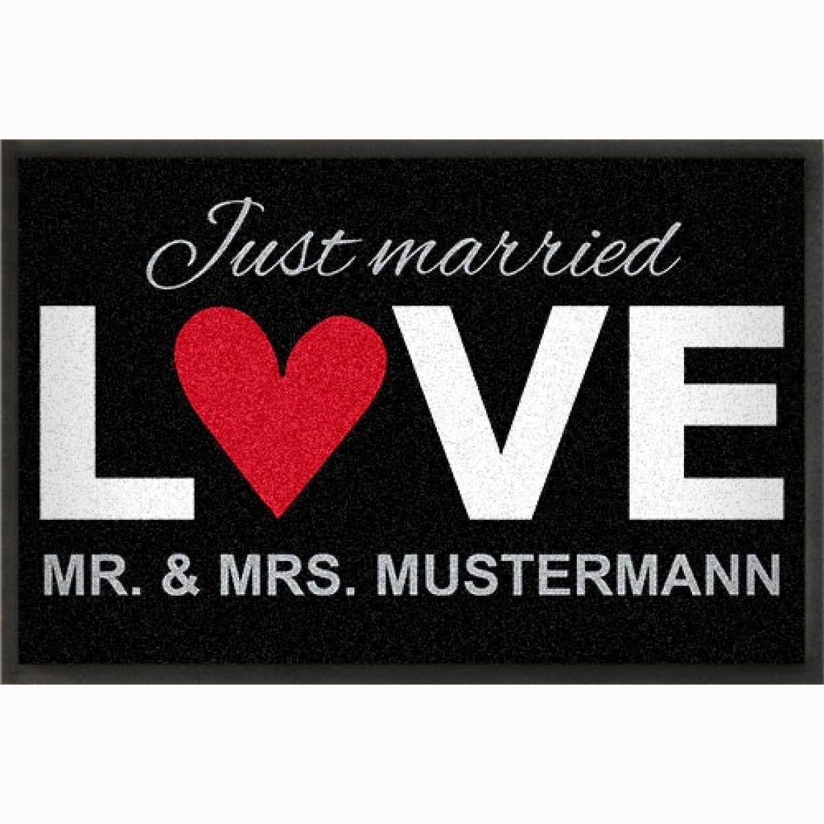 """Fußmatte zur Hochzeit """"LOVE"""" mit eigenem Namen"""