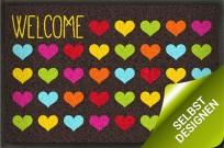 Fußmatte Welcome Hearts mit vielen Herzen in bunten Farben